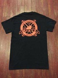 SURF A PIG(サーフ ア ピッグ) ポケット付きプリントTシャツ ST-7