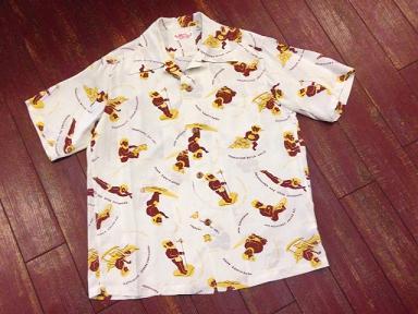 サンサーフ ハワイアンシャツ「メネフネ」